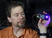 Inventor Chris Carlen demonstrates the LED Pulser